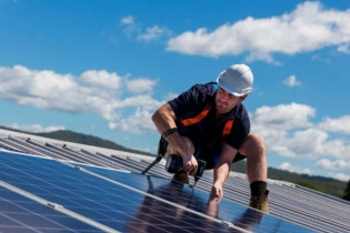 Where does the energy loss of concentrated solar power go?